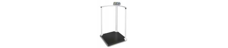Handrail scales for a secure feeling during weighing, approval for medical use